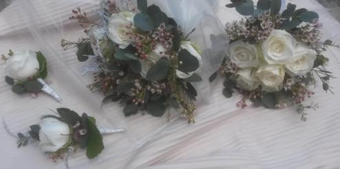 winter-wedding-new-life-florist